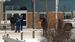 سکول کے بچوں کو محفوظ مقام تک پہنچا دیا گیا ہے