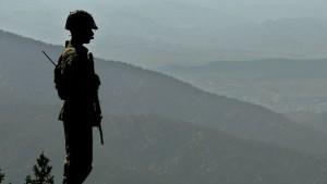 150608093101_pakistan_border_at_kundigar_post_640x360_ap_nocredit