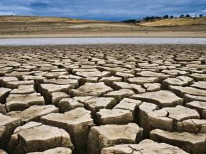 456348-drought-1456067979-671-640x480